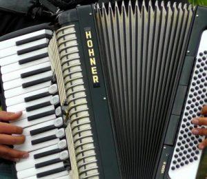 akordeons-pixabay-602x358